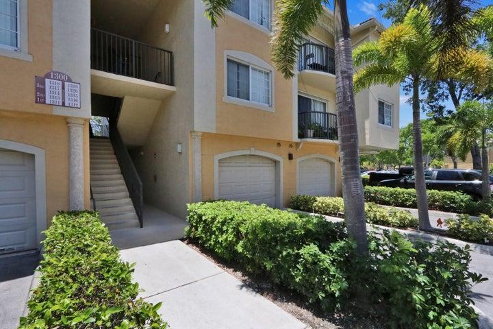 1300 Crestwood Court S 1315, Royal Palm Beach, FL 33411
