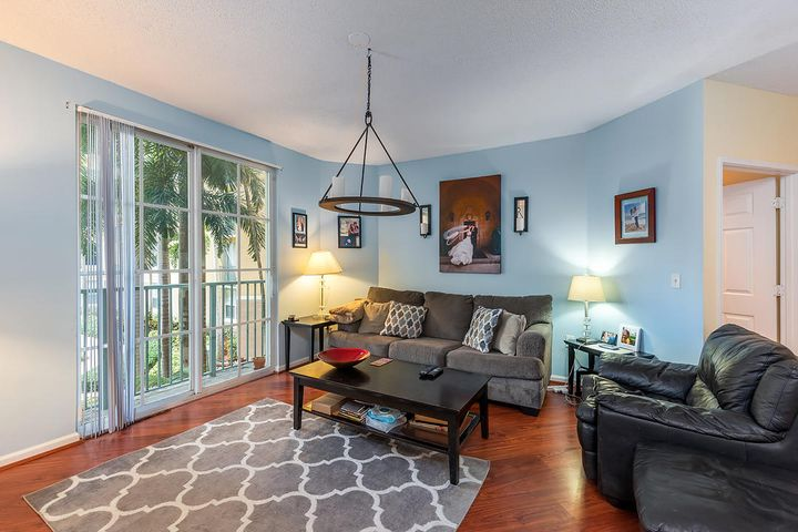 630 S Sapodilla Avenue 210, West Palm Beach, FL 33401