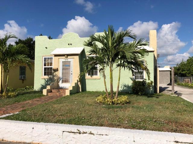 215 N B Street, Lake Worth Beach, FL 33460