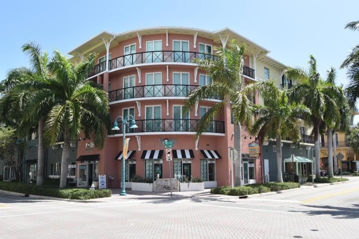225 NE 1st Street 204, Delray Beach, FL 33444