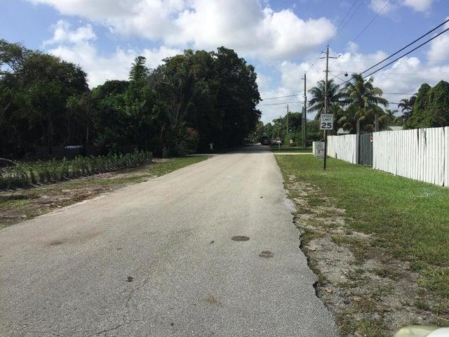 4061 George Lane, West Palm Beach, FL 33406
