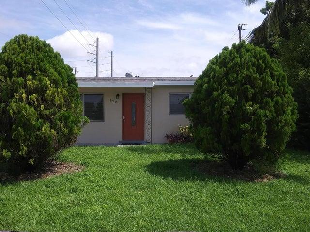 192 W 35th Street, Riviera Beach, FL 33404