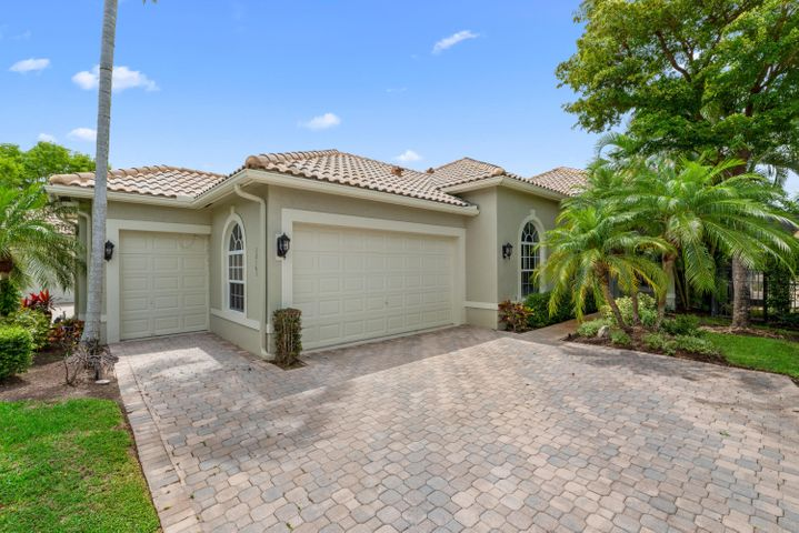 12161 Glen Bay Drive, Wellington, FL 33414