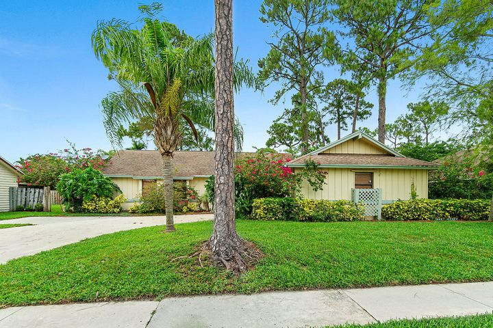 13554 Exotica Lane, Wellington, FL 33414