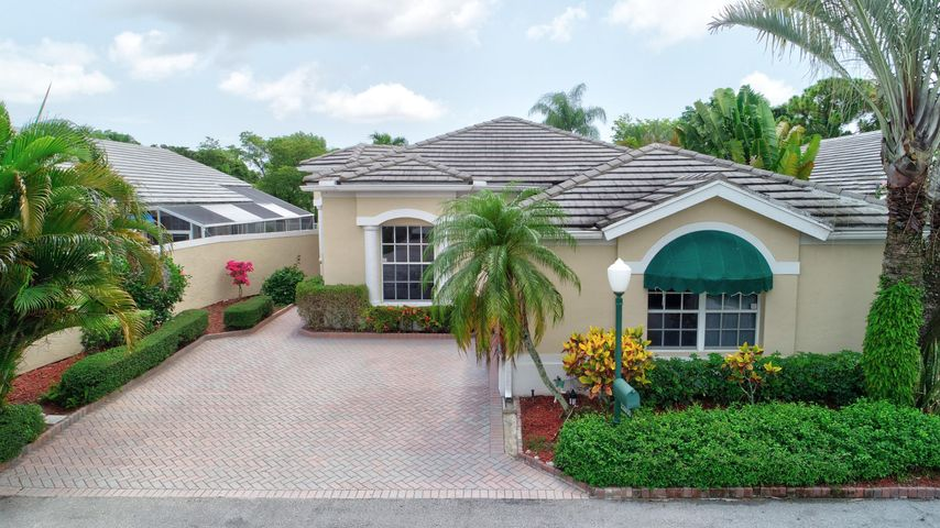 22850 Harrow Wood Court, Boca Raton, FL 33433