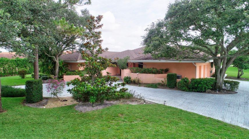 885 Greensward Lane, Delray Beach, FL 33445