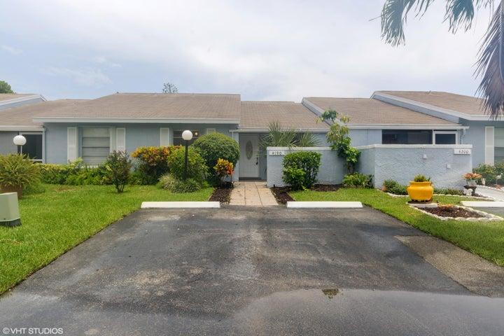 4190 Lucerne Villas Lane, Lake Worth, FL 33467