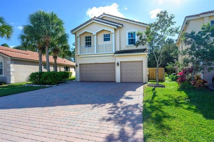 3105 SW Porpoise Circle, Stuart, FL 34997