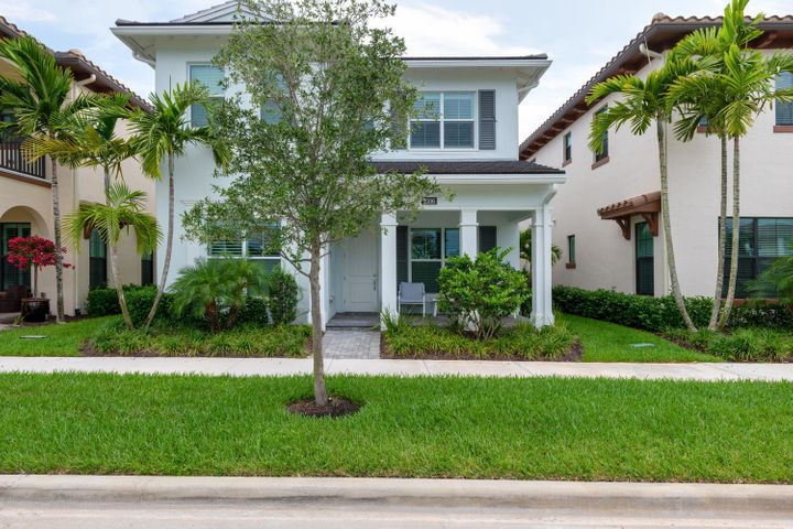 2106 Dickens Terrace, Palm Beach Gardens, FL 33418