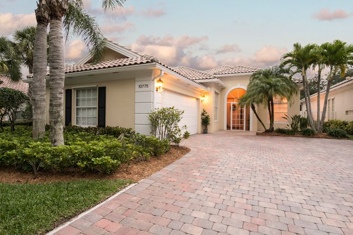 10775 Wharton Way, Palm Beach Gardens, FL 33412