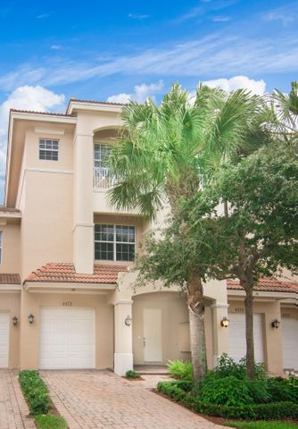 4573 Artesa Way S, Palm Beach Gardens, FL 33418