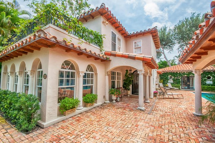 282 Barcelona Road, West Palm Beach, FL 33401