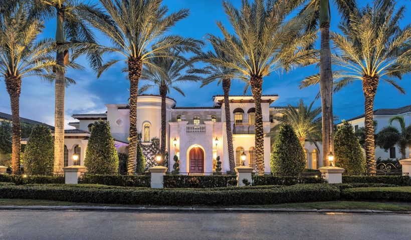 251 W Coconut Palm Road, Boca Raton, FL 33432
