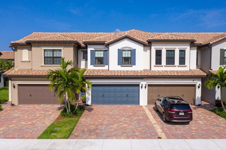 4577 San Fratello Circle, Lake Worth, FL 33467