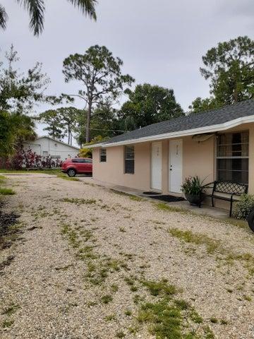748 SW 36th Terrace, Palm City, FL 34990