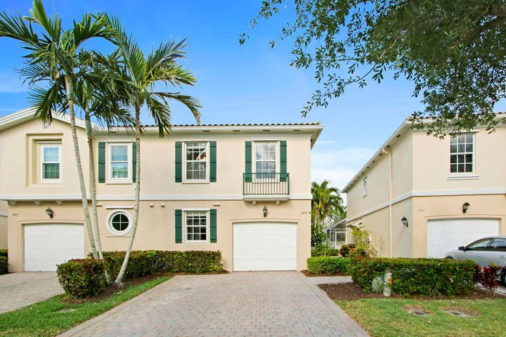 Beautiful 3/2.5 waterfront townhome conveniently located in central Palm Beach Gardens close to PGA Blvd, The Gardens Mall and Downtown at the Gardens.  The community pool and clubhouse are just steps away from the front door!