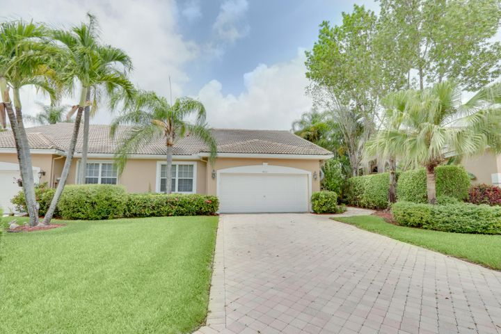 4661 Carlton Golf Drive, Lake Worth, FL 33449