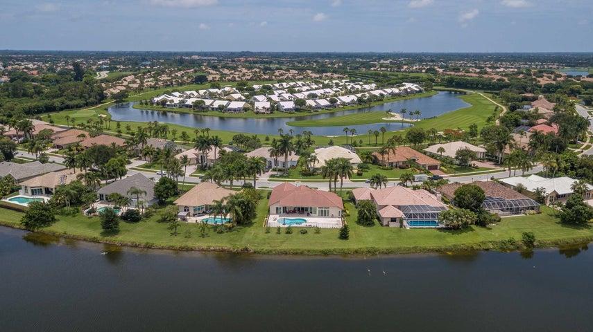 8129 Desmond Drive, Boynton Beach, FL 33472