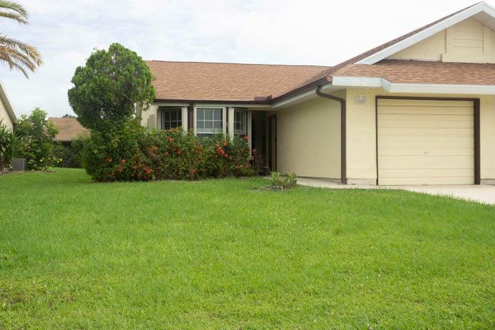 1482 SE Larkwood Circle, Port Saint Lucie, FL 34952