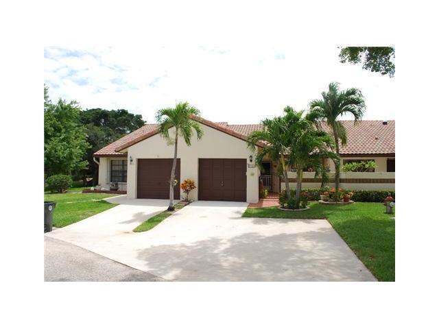 402 Buttonwood Place, Boca Raton, FL 33431