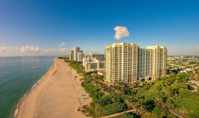 Great rental program results on Marriott rental program.  Soft goods upgrade complete.  Great views SE of Ocean, Intercoastal, pool, and Singer Island Bridge area.