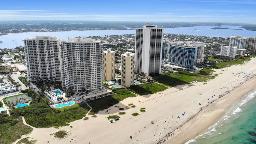2700 N Ocean Drive 206b, Singer Island, FL 33404