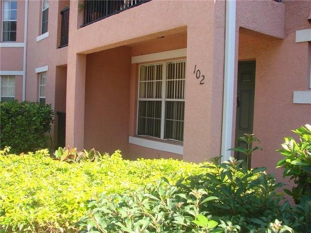 106 NW Peacock Boulevard, 4-102, Saint Lucie West, FL 34986
