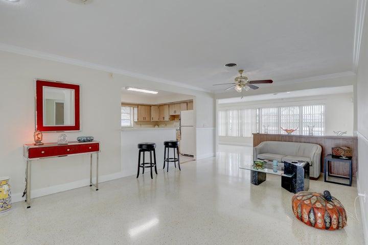 3137 Living Area