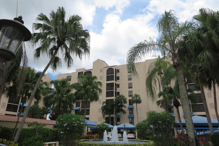 ''Create your own Florida dream. This is your opportunity to transform this airy 2-bedroom with den apartment into the home you have always desired. Admire beautiful sunsets from the enclosed patio or your large master bedroom, dine listening to the sounds of the fountain on the 2nd terrace or walk to the resort style pool at Promenade, Even the Boca Pointe Country Club is in quick walking distance. A great location! The A/C is 1 year old, dishwasher & microwave replaced within the past year. Front & back patios have hurricane glass sliders for storm protection. Your own private covered parking space is included.Country Club membership is not required. ''