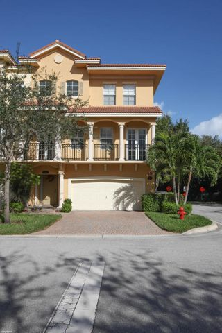 Spacious Capri model end unit with 3 bedrooms & 3 1/2 bathrooms. Hardwood flooring on stairs. Porcelain tile in main living areas. Kitchen features granite countertops & island. Resort style clubhouse, pool & spa.
