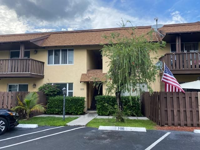 312 Southwind Drive 202, North Palm Beach, FL 33408