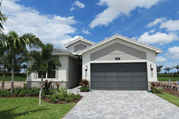 12604 Blue Seagrass Manor, Boynton Beach, FL 33473