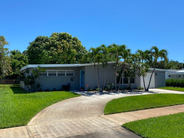 721 Lighthouse Drive, North Palm Beach, FL 33408