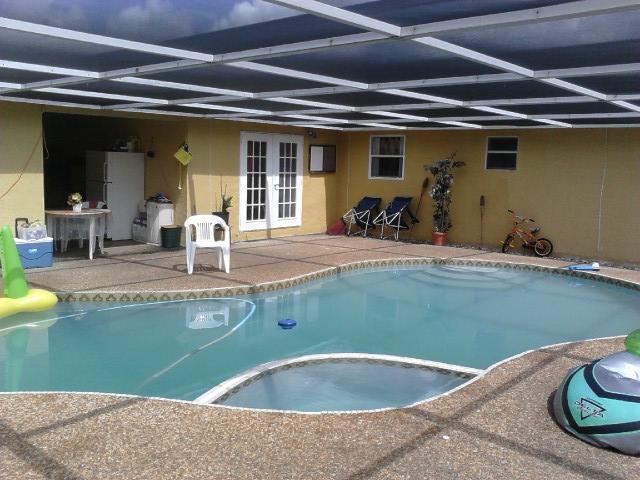 1402 W Duval Street, Lantana, FL 33462