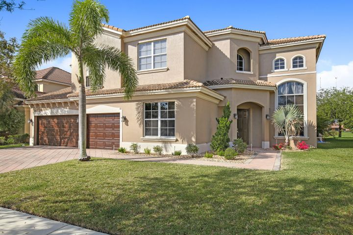 9174 Pineville Drive, Lake Worth, FL 33467