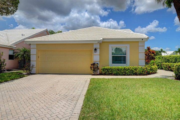 8253 Horseshoe Bay Road, Boynton Beach, FL 33472