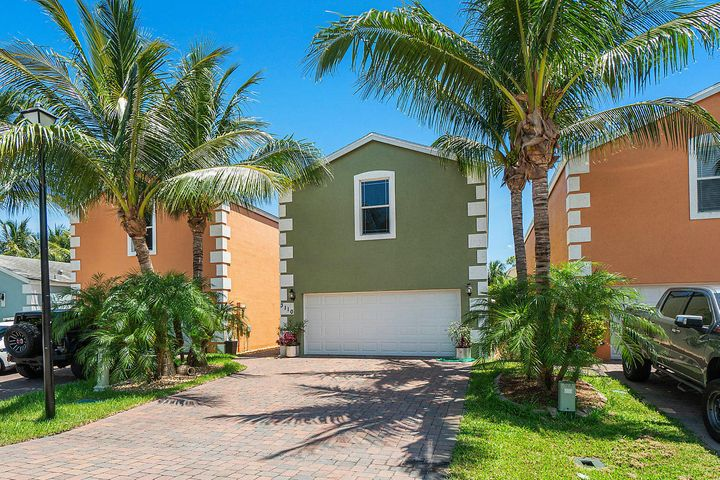 001-3110ShelbyWay-PalmSprings-FL-small