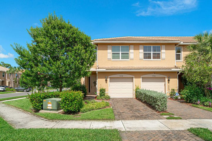 5898 Monterra Club Drive 155, Lake Worth, FL 33463