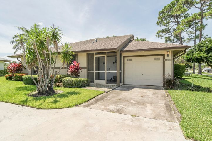 Lovely furnished updated 3/2 home in Eastpointe. Open floor plan with European kitchen with lake views. Wood floors throughout. Golf cart included! Come live the Eastpointe lifestyle and enjoy 2 golf courses, club house and tennis. Just 9 minutes to Juno Beach!
