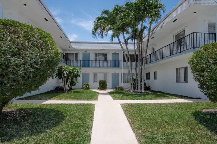 3402 Cynthia Lane 204, Lake Worth Beach, FL 33461