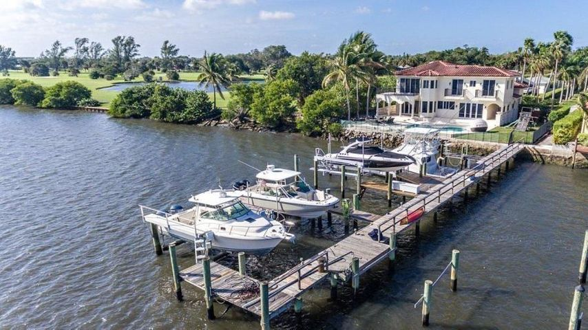 9 Bella Vista Avenue, Lake Worth Beach, FL 33460