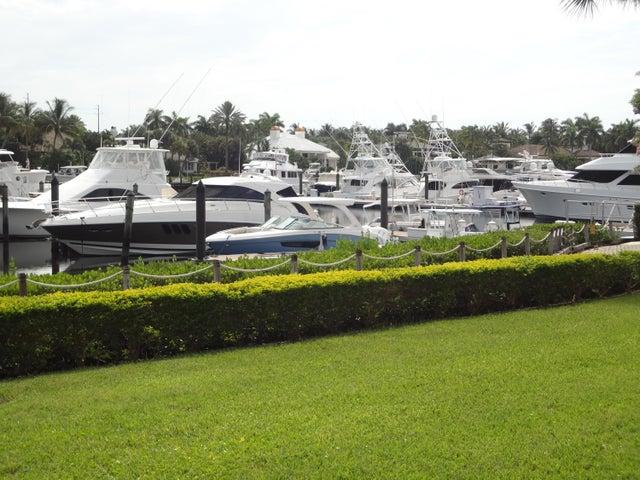 601 Captains Way, Jupiter, FL 33477