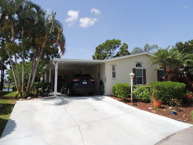 8182 14th Hole Drive, Port Saint Lucie, FL 34952