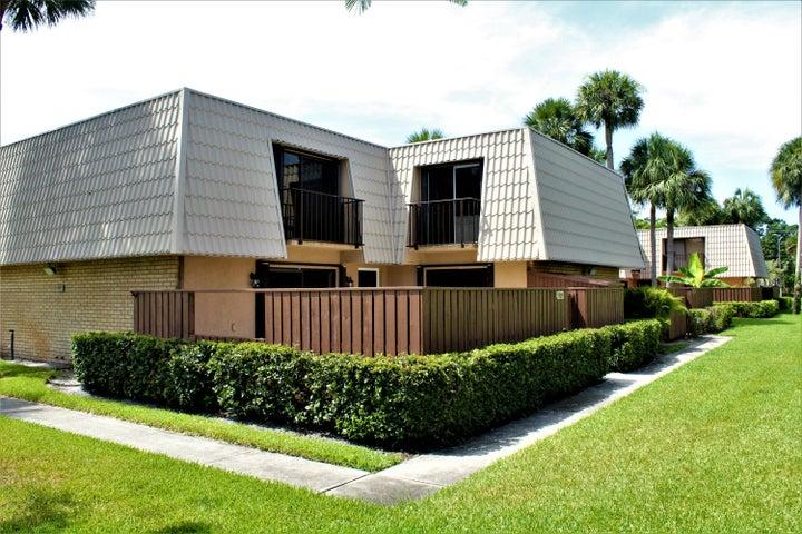 5709 57th Way, West Palm Beach, FL 33409