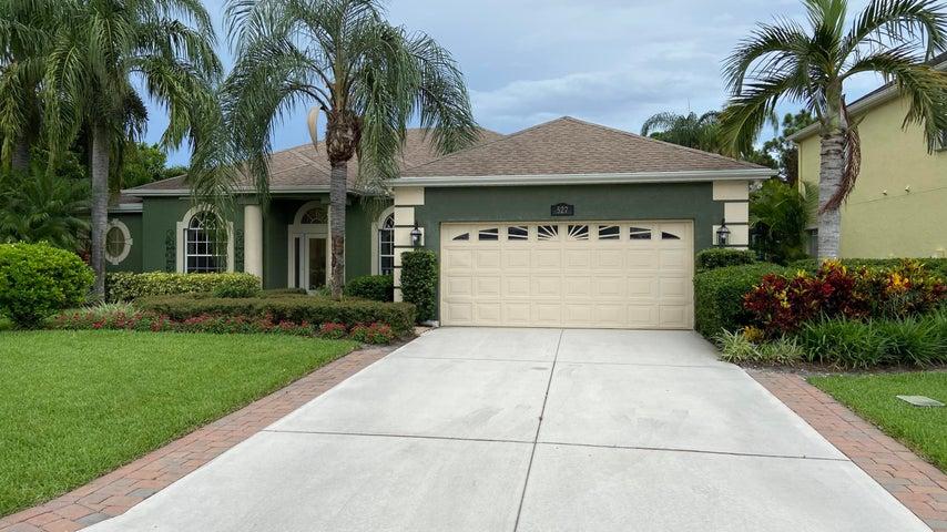 527 NW Bellworth Place, Jensen Beach, FL 34957