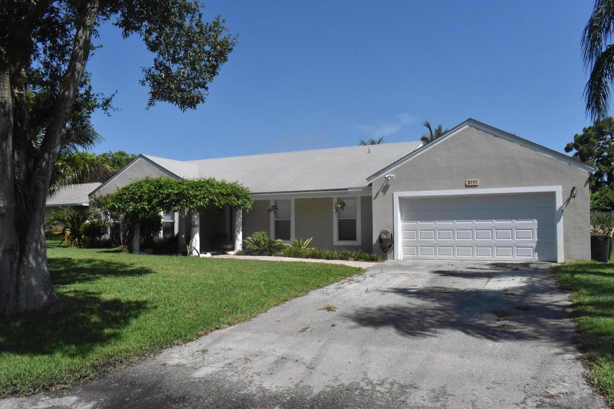 8735 SE Se Bahama Cir Circle, Hobe Sound, FL 33455