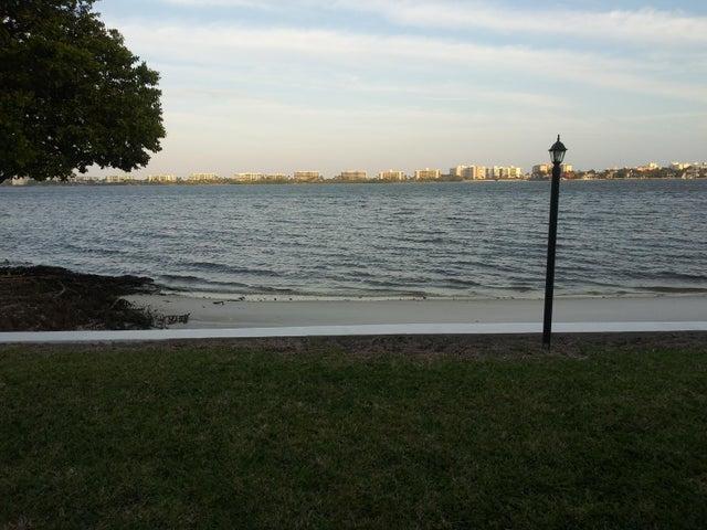 1428 S Lakeside Drive 25, Lake Worth Beach, FL 33460