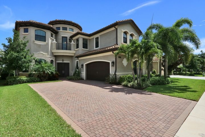 9095 Moriset Court, Delray Beach, FL 33446