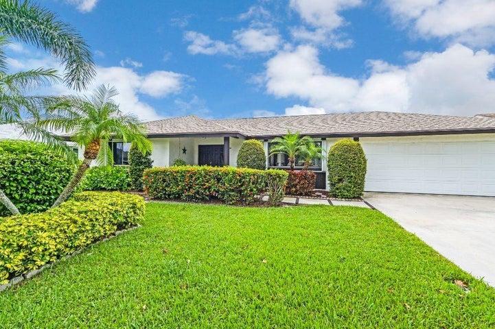 5115 Woodstone Circle E, Lake Worth, FL 33463