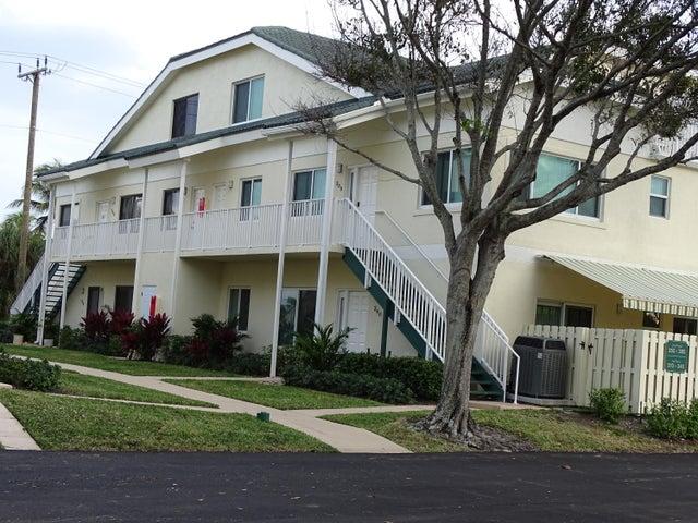 350 Bella Vista Court N, Jupiter, FL 33477